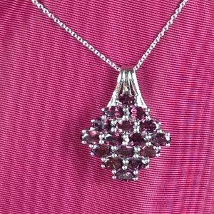 Orissa Rhodolite Garnet Pendant w/Chain -4.64 Cts